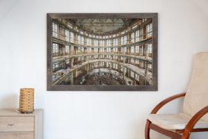 Fineart Print ~ windowside ~ 120x80 cm gerahmt an der Wand