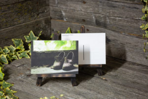 Lost Place Postkarte in her shoes