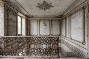 Starlight Lost Place Stiegenhaus